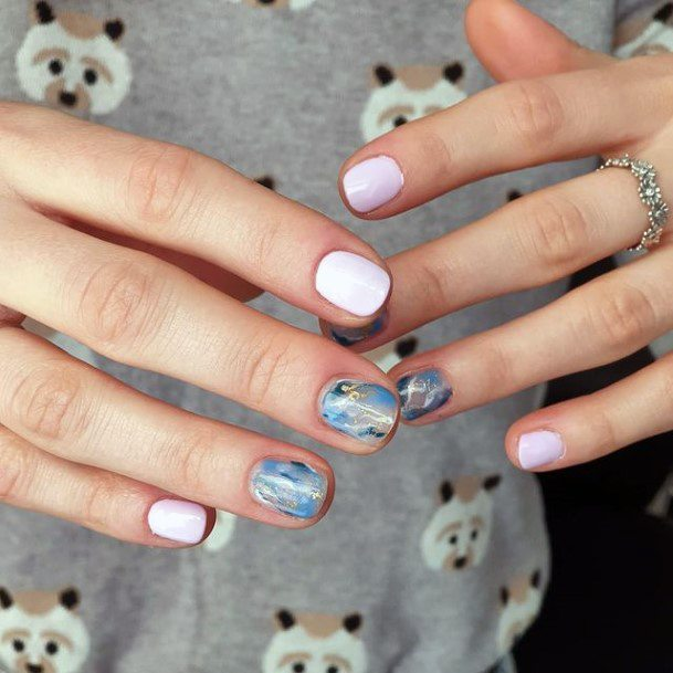 Short Nails White And Blue Water Women