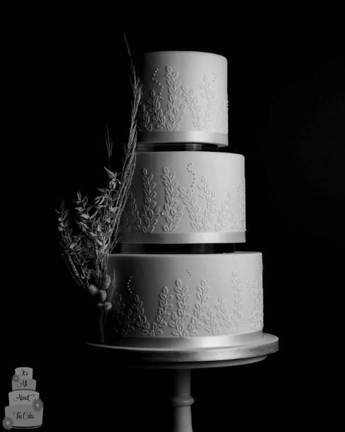Silvery White Beautiful Wedding Cakes