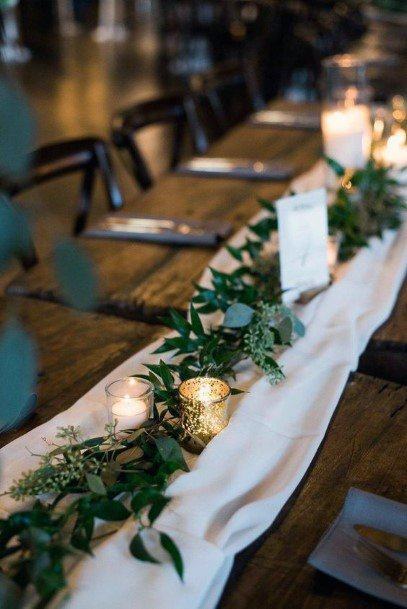 Simple Napa Tables With Green Garland Decor Rustic Wedding Ideas