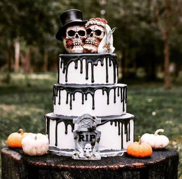 Skull Toppers Halloween Wedding Cake