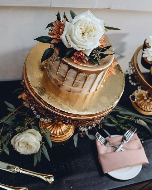 Small Cute Gold Wedding Cake With White Rose