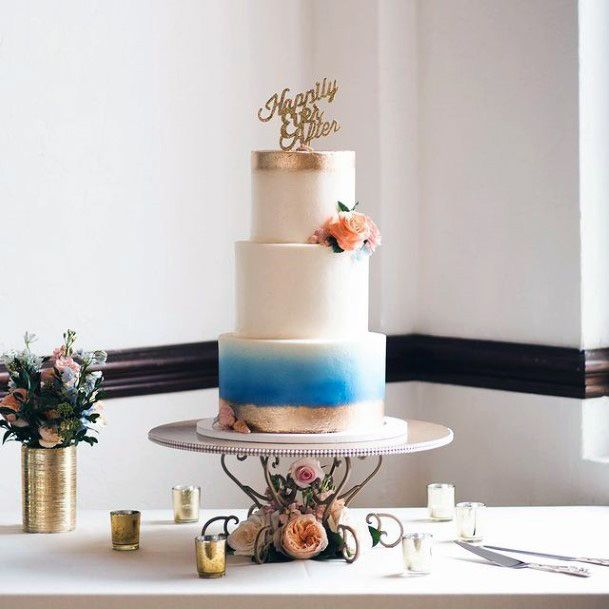 Smooth Beach Wedding Cake Women