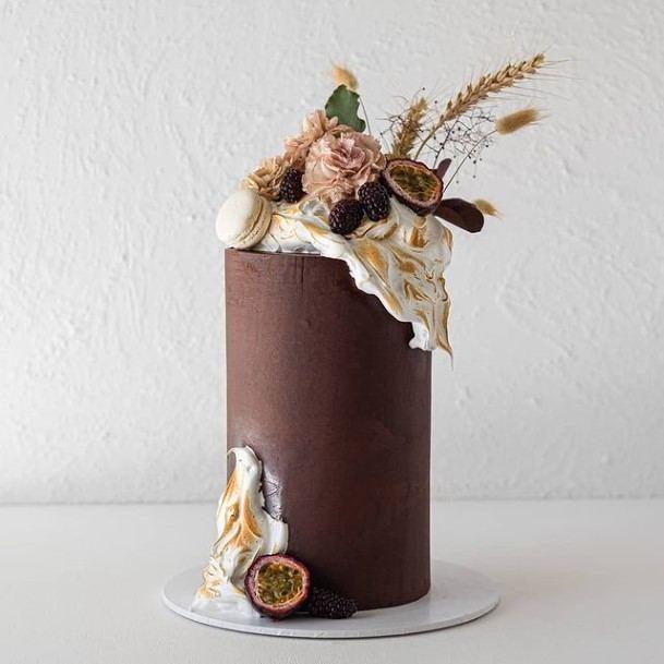 Smooth Chocolate Wedding Cake Cylinder