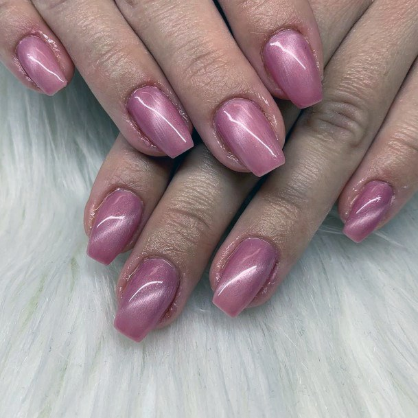 Smooth Coral Pink Cat Eye Nails