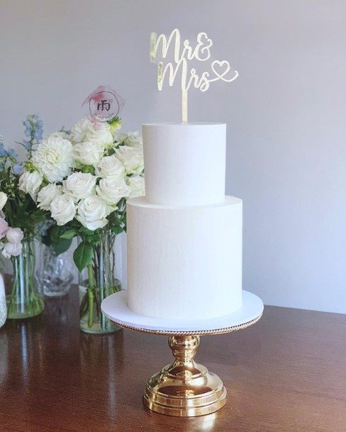 Smooth White Wedding Cake