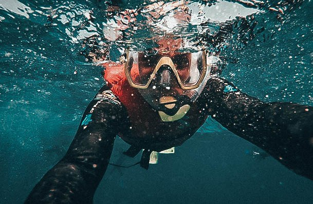 Snorkeling Date Ideas For Couples