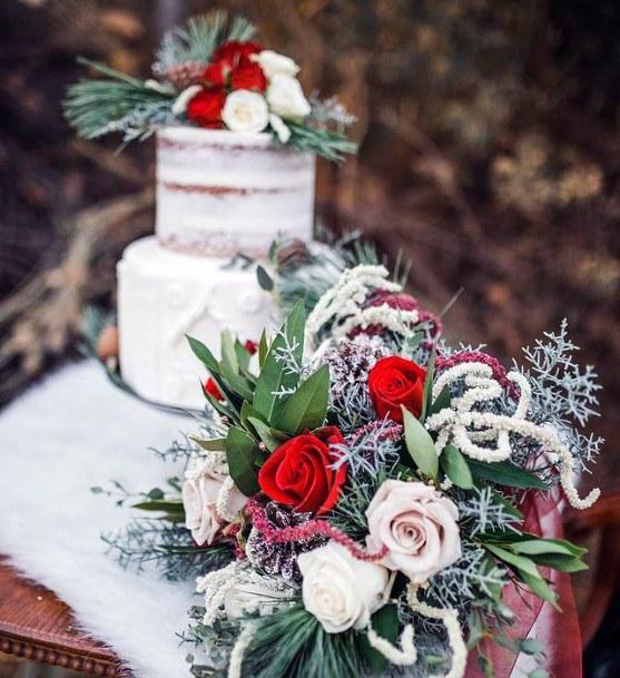 Snowy White Cake And Roses Christmas Wedding Flowers Art