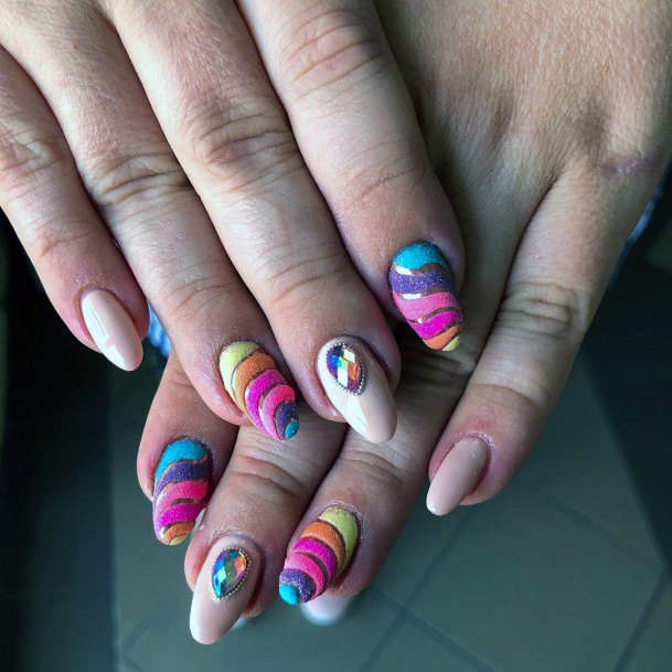 Spiral Colorful Nails Ideas For Women