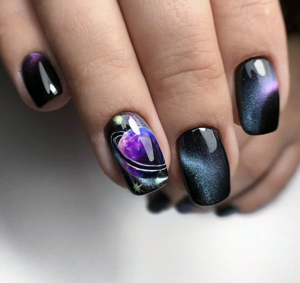 Spiral Galaxy Cat Eye Nails