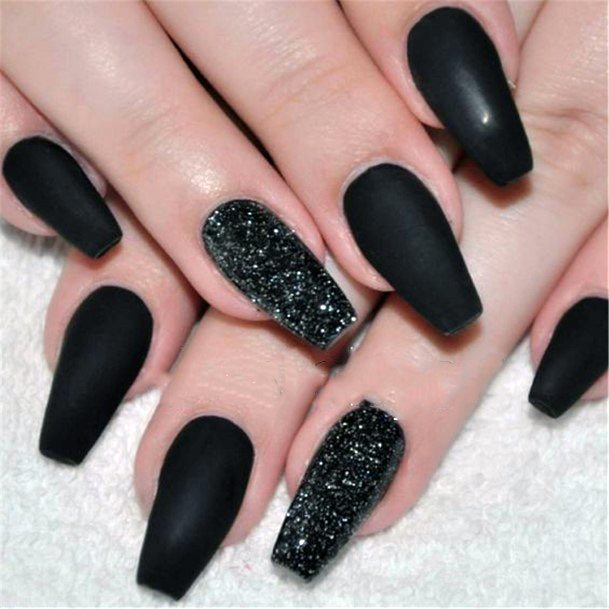 Squoval Black Matte And Shiny Nails For Women