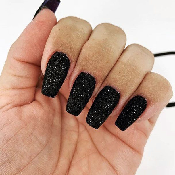 Stunning Black Sugar Nails Wowen