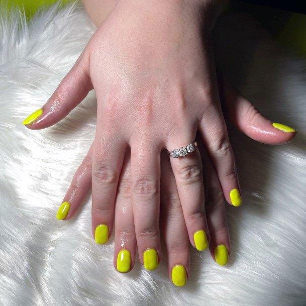 Sunfower Yellow Short Nails Women
