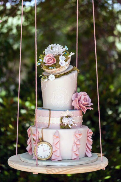 Swinging Wooden Womens Wedding Cake Stand