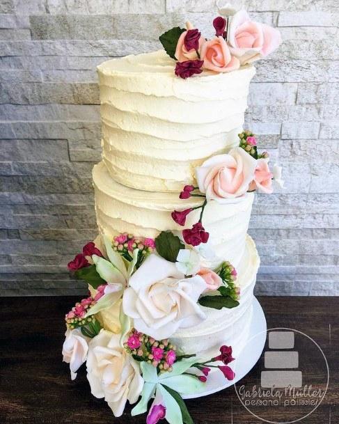 Tantalizing Red Velvet Wedding Cake
