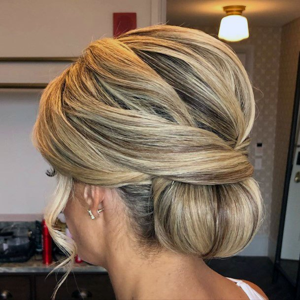 Thick Blonde Chignon Hairstyle For Women