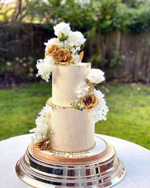 Two Tiered Elegant Wedding Cake Women