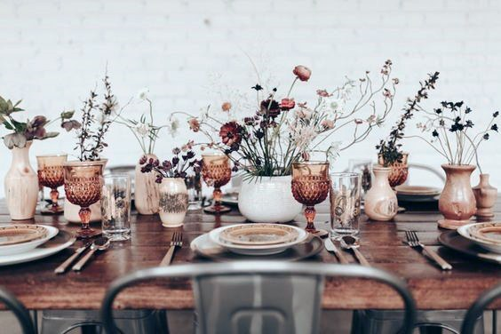 Vintage Glassware And Dried Flowers Wedding Centerpiece Ideas