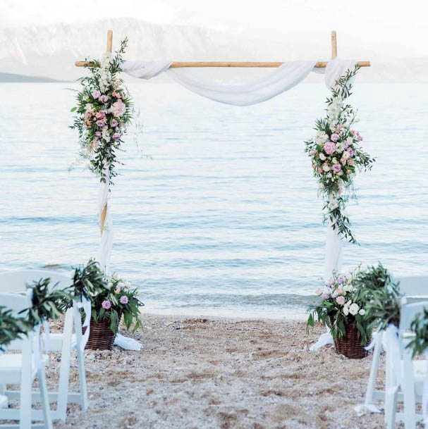 Watery Beach Wedding Flowers
