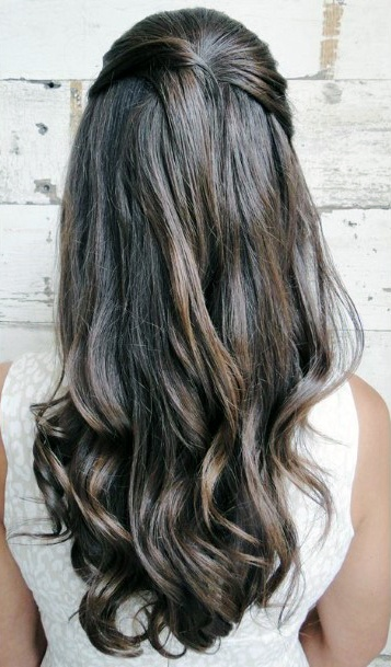 Wavy Brown Long Hairstyles For Women
