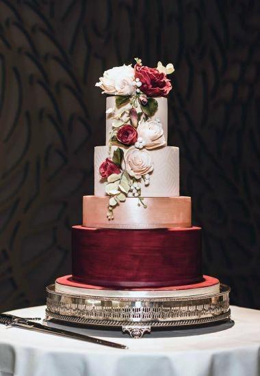 Wedding Cake Ideas Metalic Design