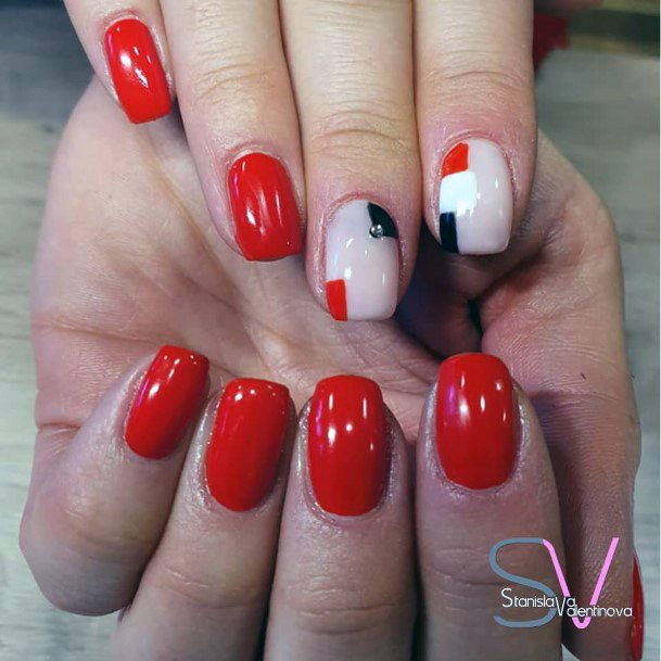 White And Red Bright Nails For Women