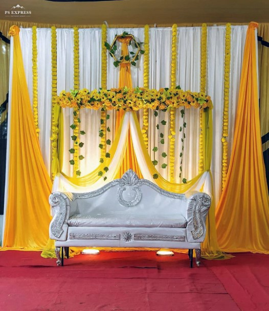 White And Yellow Wedding Flower Platform