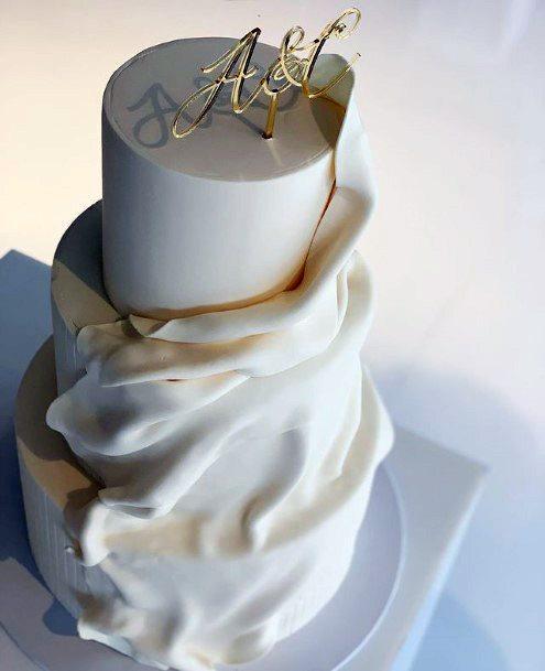 White Fabric Art Womens 3 Tier Wedding Cake