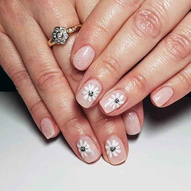 White Flowers On Sparkling Short Nails Women
