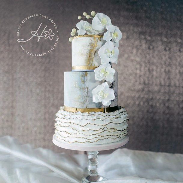 White Rose Creeper Gold Wedding Cake