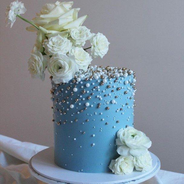 White Roses Decor Blue Buttercream Wedding Cake