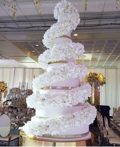 White Tallwedding Cake Ideas