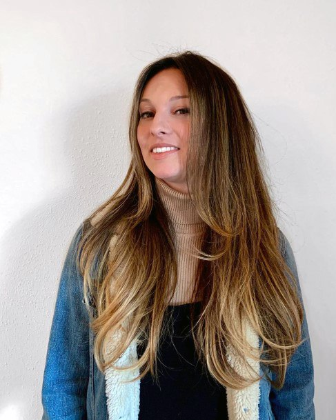 Woman Long Ombre Airy Hair Dark To Sandy Brown And Long Easy Layers