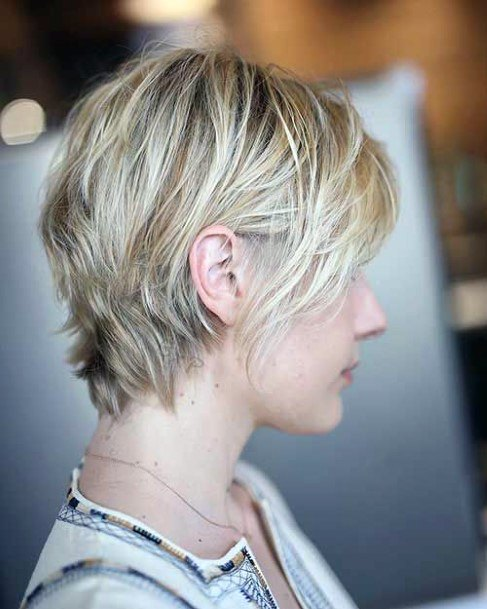 Women Fine Blonde Hair Bob Cut With Airy Wedged Back