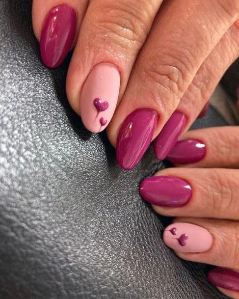 Womens Almond Pink Romantic Nails