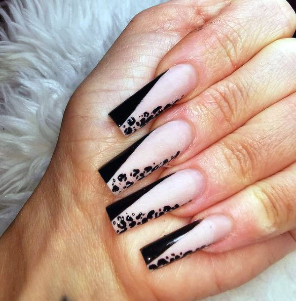 Womens Black Edged Design Leopard Nails