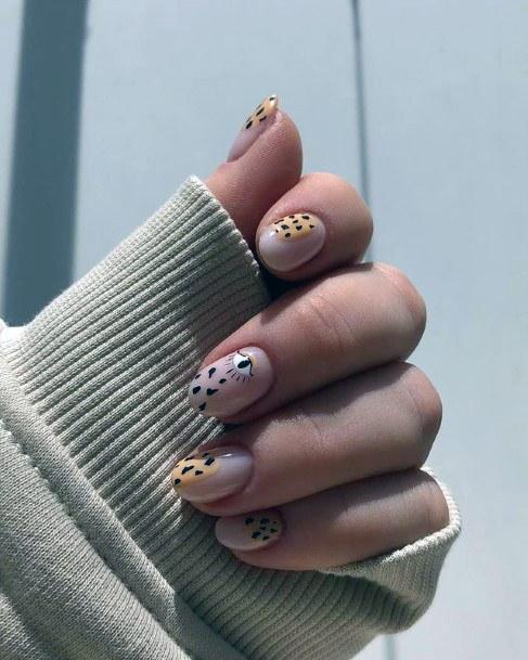 Womens Cute Leopard Nails Short Art