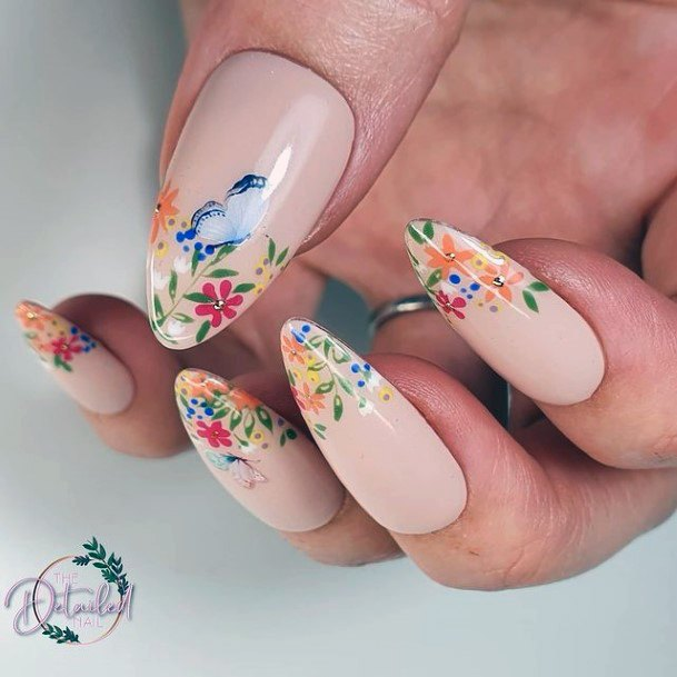 Womens Delicate Flowers April Nails