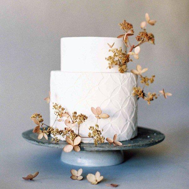 Womens Elegant Wedding Cakes Pretty