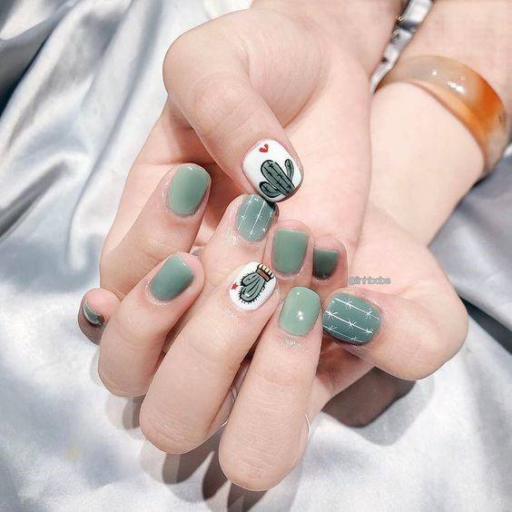 Womens Grey Cactus Nails Art