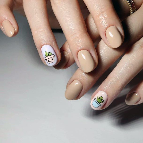 Womens Hazel Nails Cactus Accent