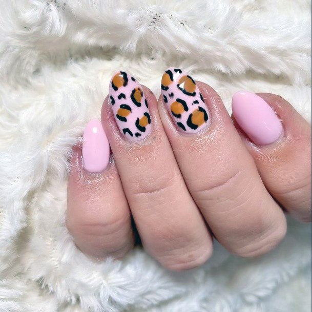 Womens Pink Leopard Nails