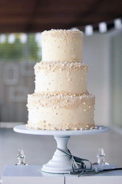 Womens Pretty 3 Tier Wedding Cake