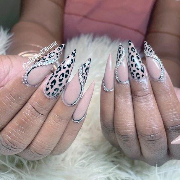 Womens Silver Roped Leopard Nails Women