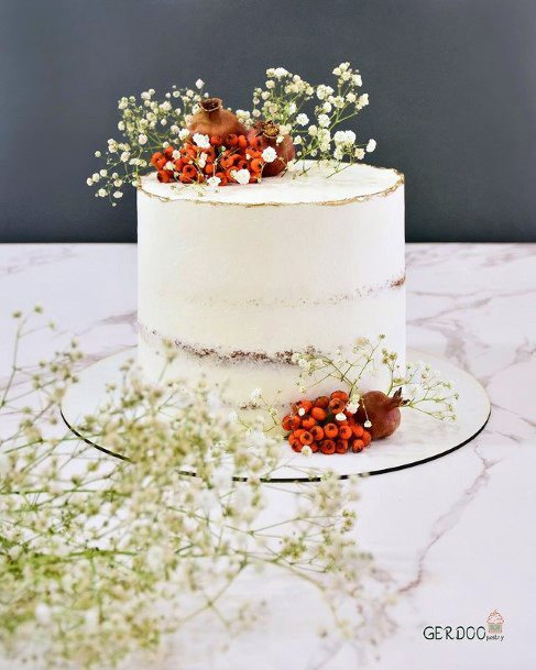 Womens Simple White Fall Wedding Cakes