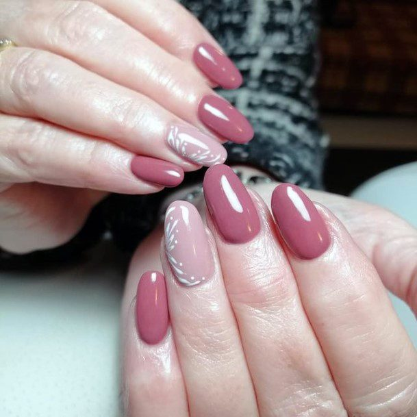 Womens Smooth Coral Nails Romantic