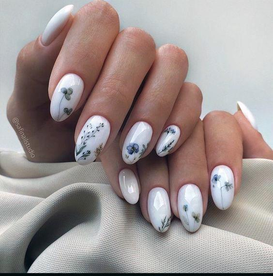 Womens White Painted Romantic Nails