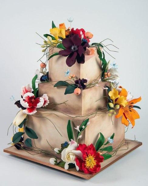 Wonderful Square Wedding Cake