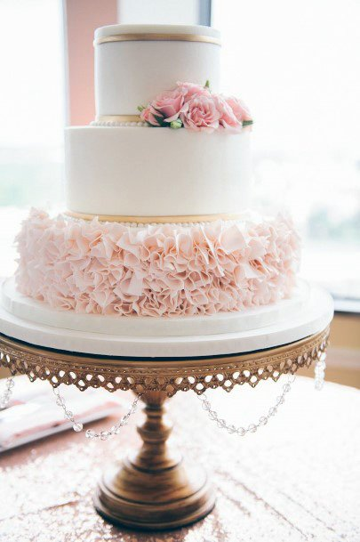 Wooden Artwork Wedding Cake Stand Women