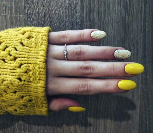 Yellow Winter Flowers Nail Color